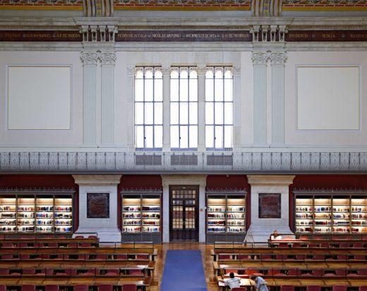 Biblioteca Nacional de España Madrid V, 2015. C-Print. 70 x 82,3 cm