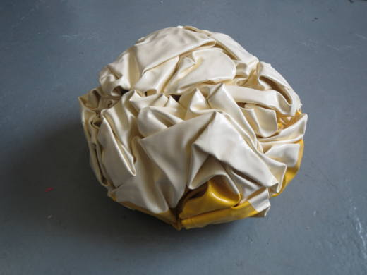 Nothing (Pale yellow/yellow), 2014. 36,5 x 32 x 21,5 cm