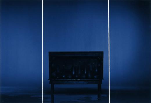 Offenbahrung, 1997. 3 paneles, C-Print. 200 x 75 cm (x2), 200 x 130 cm